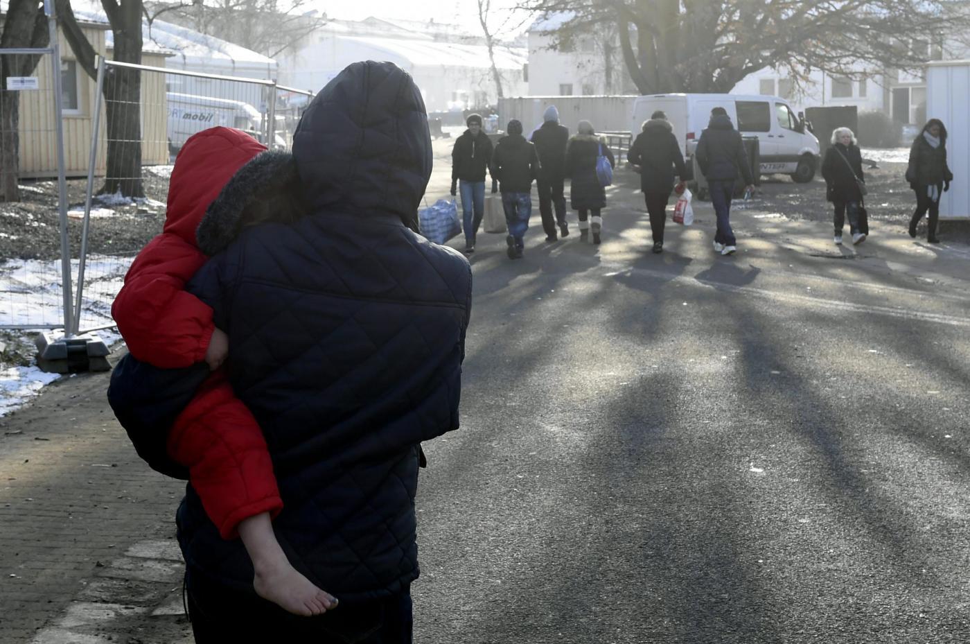Profughi e rifugiati, la Svezia ne espellerà 80mila: cosa sta succedendo in Europa?