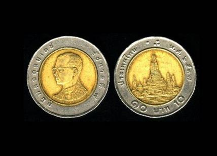 Truffa delle monete thailandesi spacciate per 2 euro