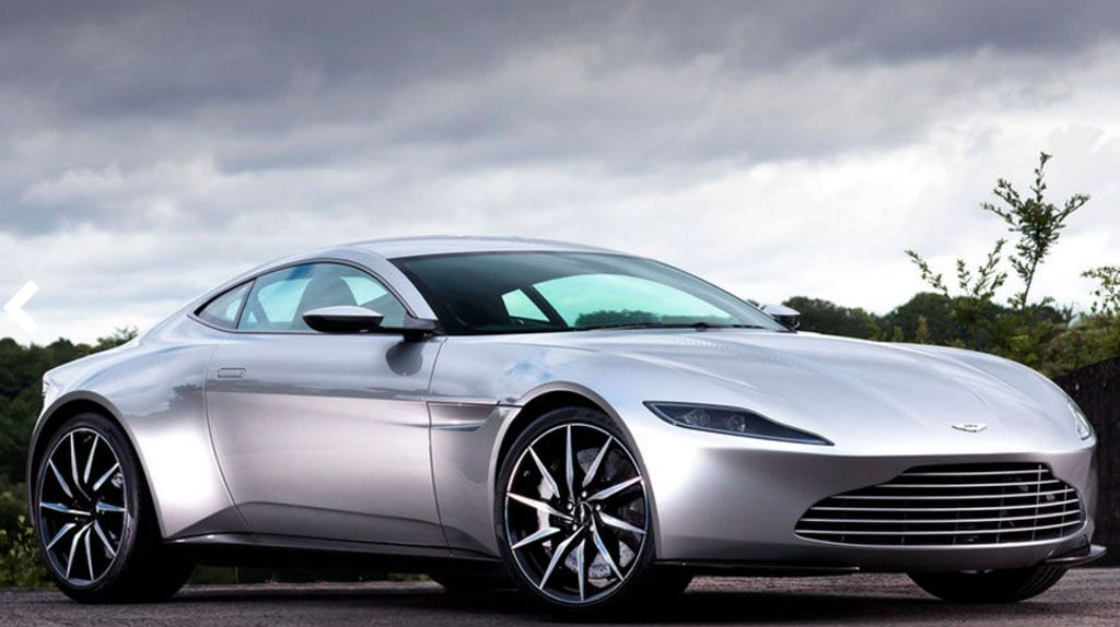 Aston Martin DB10: asta milionaria per l'ultima auto di James Bond