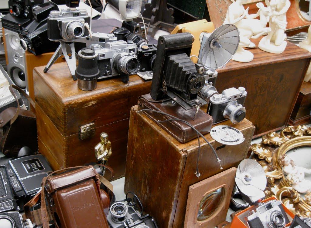 Macchine fotografiche d'epoca rubate
