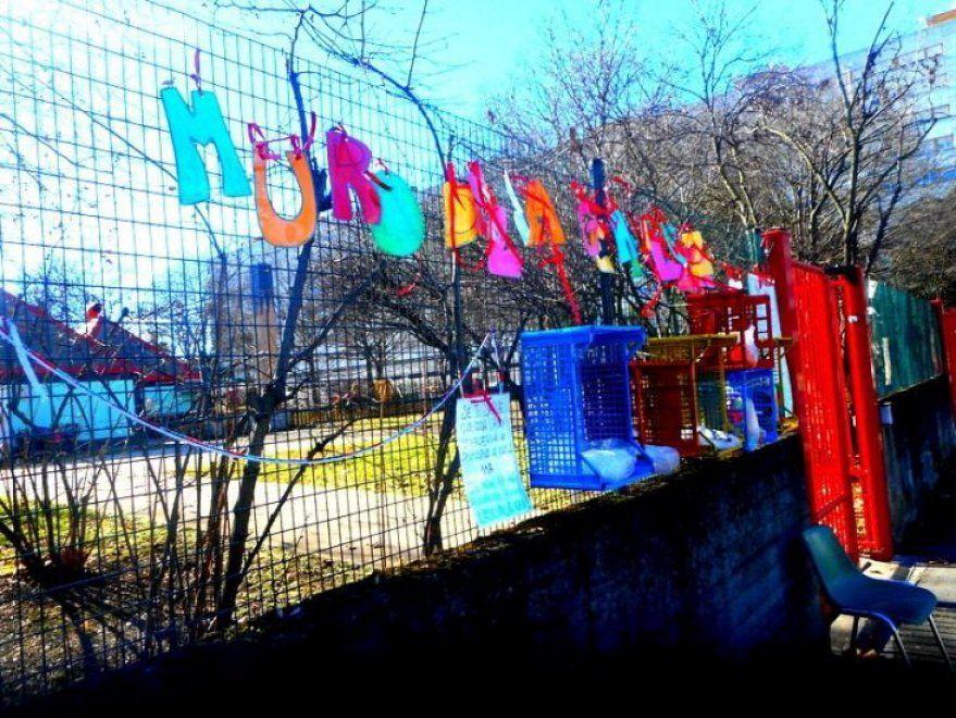 Muro della gentilezza: dall'Iran a Bologna, la solidarietà è virale