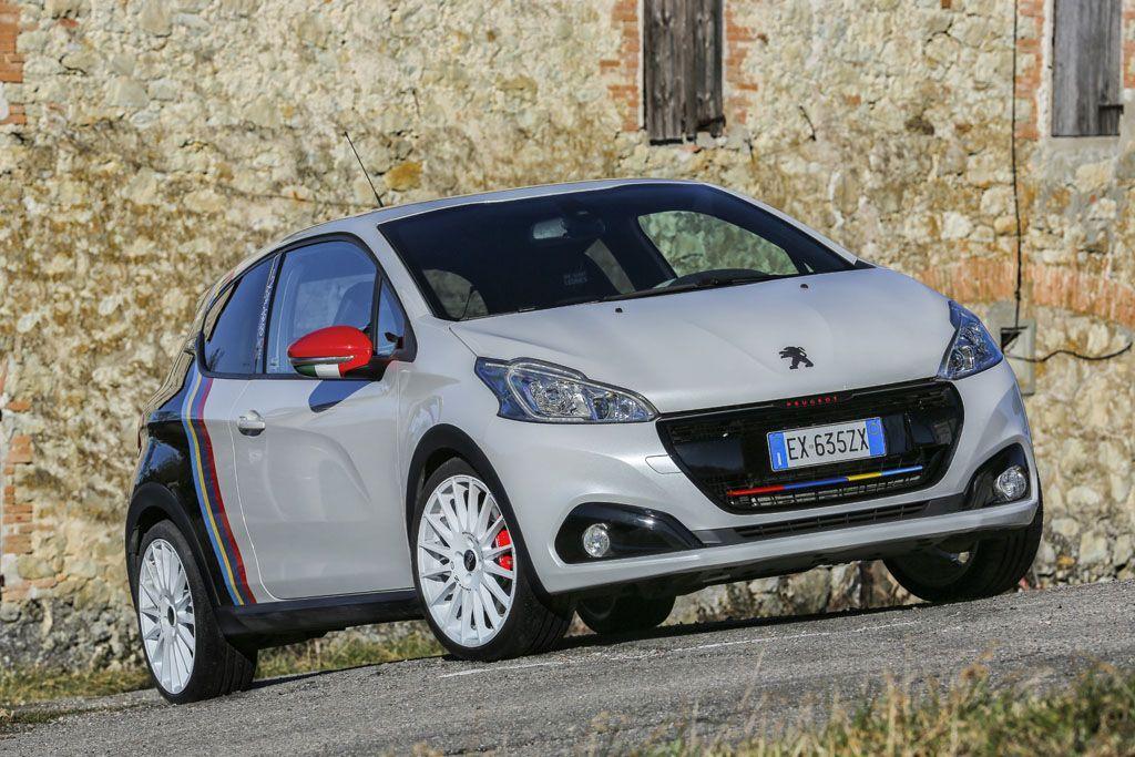 Peugeot 208 GTi/Nove: una belva per il record di Paolo Andreucci