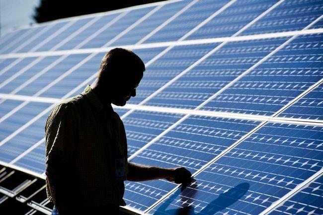 Fotovoltaico: benefici ambientali e costi degli impianti ad energia solare