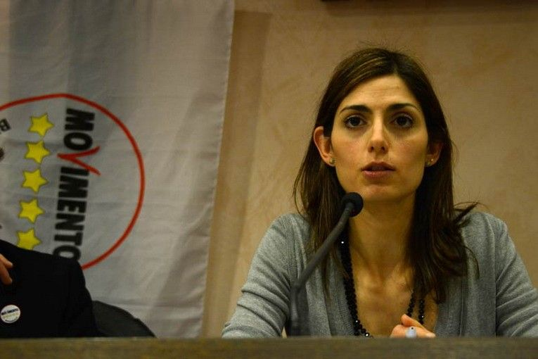 Chi è Virginia Raggi, nuovo sindaco di Roma del Movimento 5 Stelle