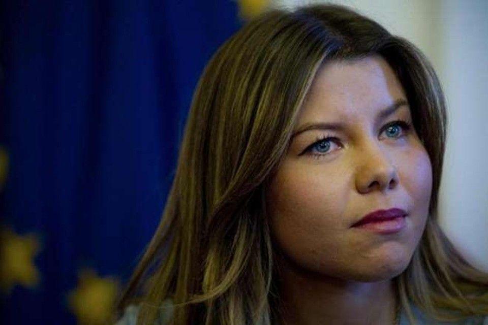 Alessandra Clemente: «Bisogna ripensare alla repressione nei confronti dei minori» – INTERVISTA