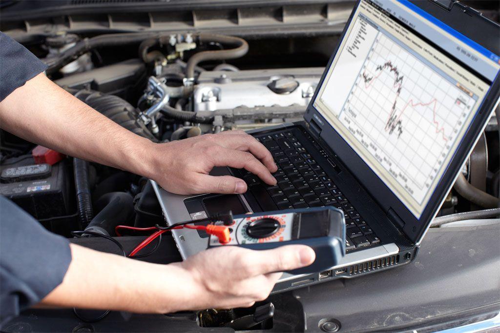 Tester diagnosi auto: la manutenzione non è al sicuro da virus