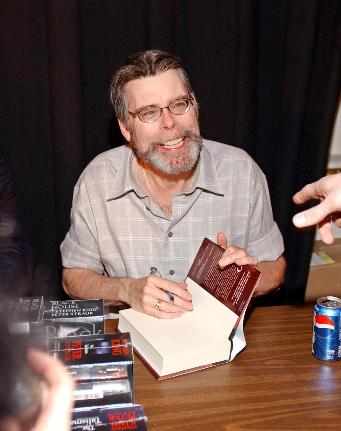 Il bazar dei brutti sogni, di Stephen King: il nuovo libro è un'antologia di racconti