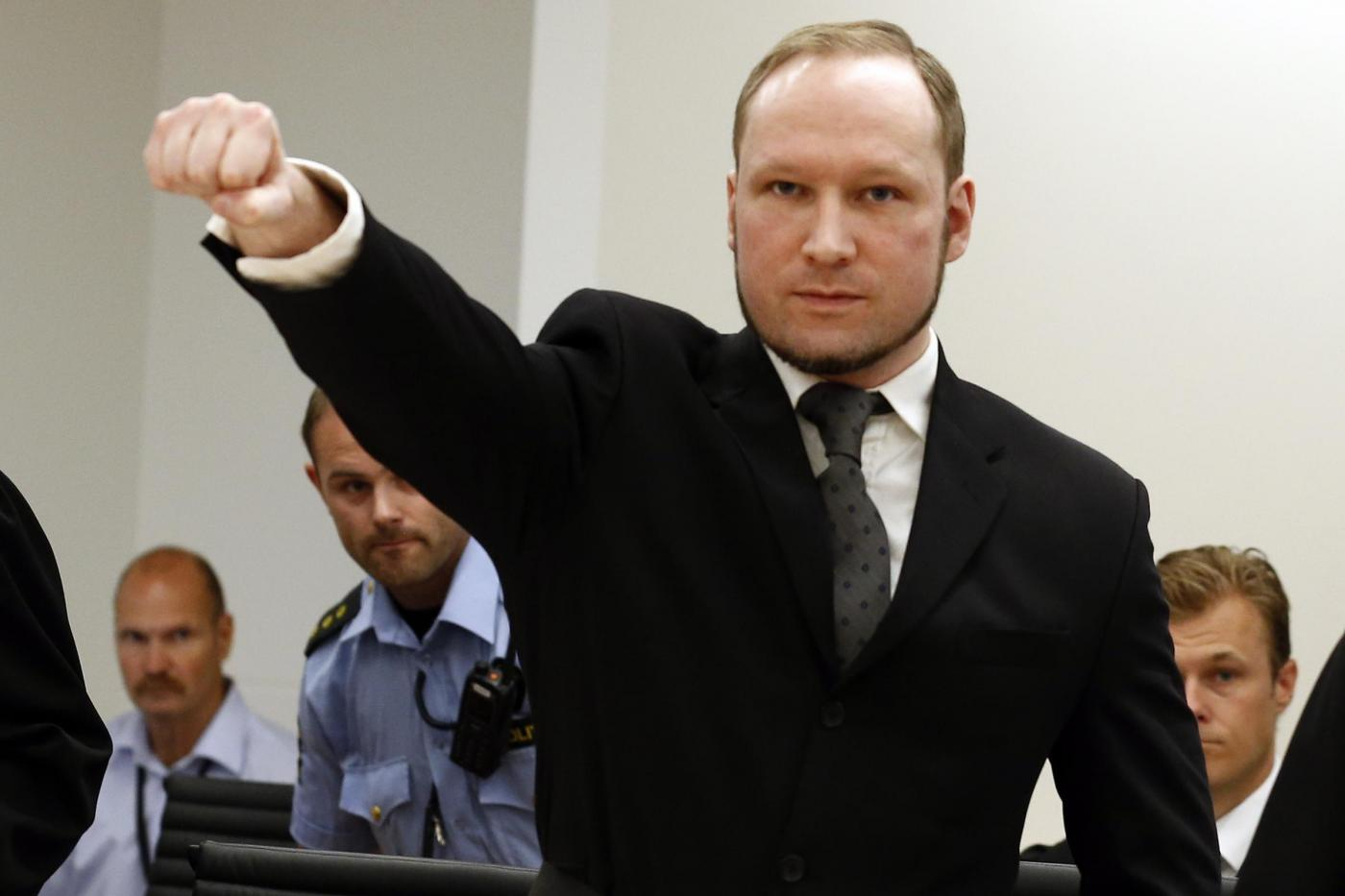 Trattamento disumano per Anders Breivik? La Norvegia farà appello contro la sentenza
