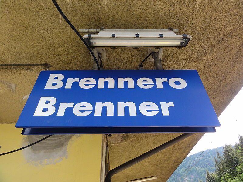 Brennero, presidente della provincia di Bolzano media tra Austria e Italia