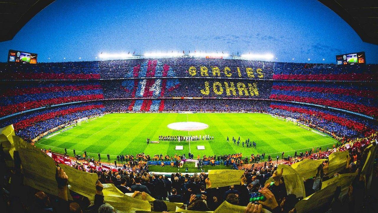 Coreografia Barcellona in ricordo di Johan Cruyff