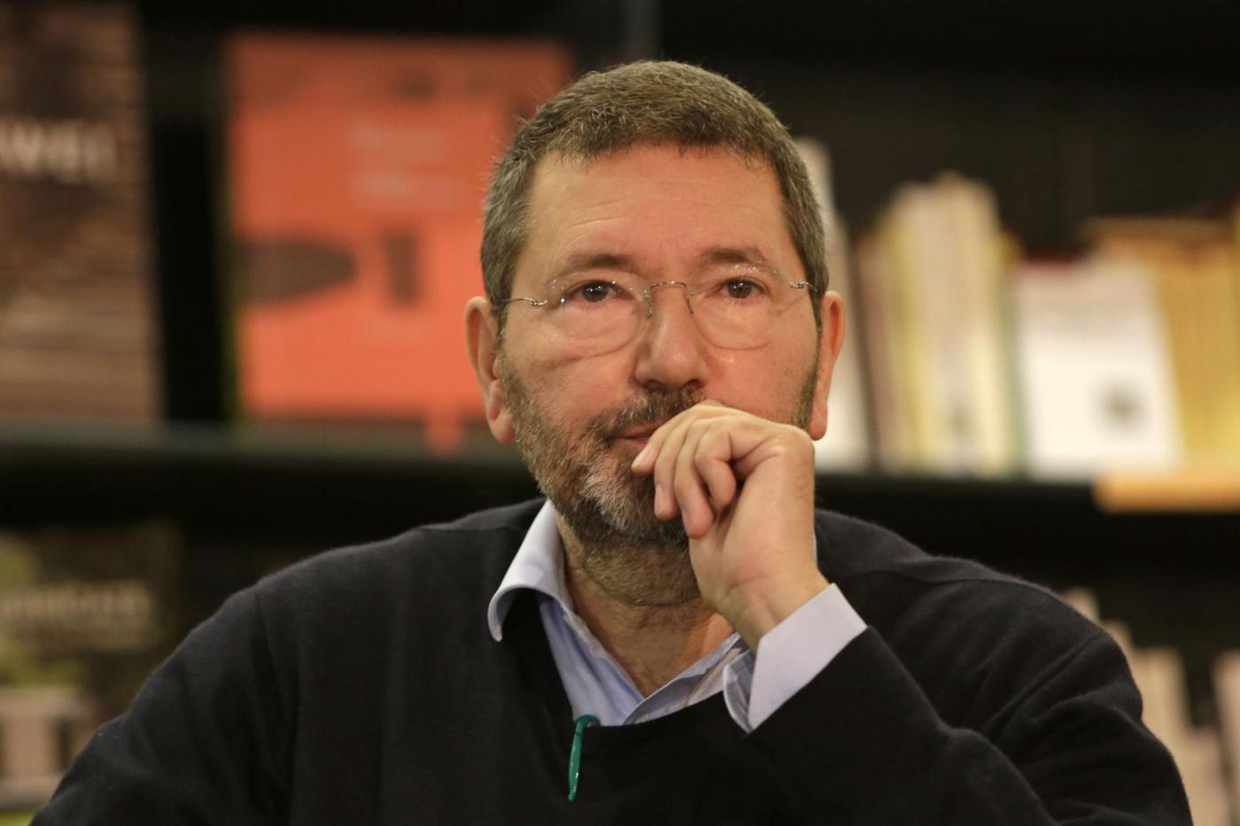 Roma, Ignazio Marino alla presentazione del suo libro 'Un marziano a Roma' alla Feltrinelli