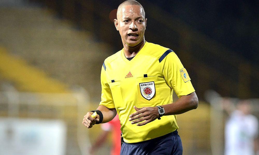 Nolberto Ararat, l'arbitro che fa gol