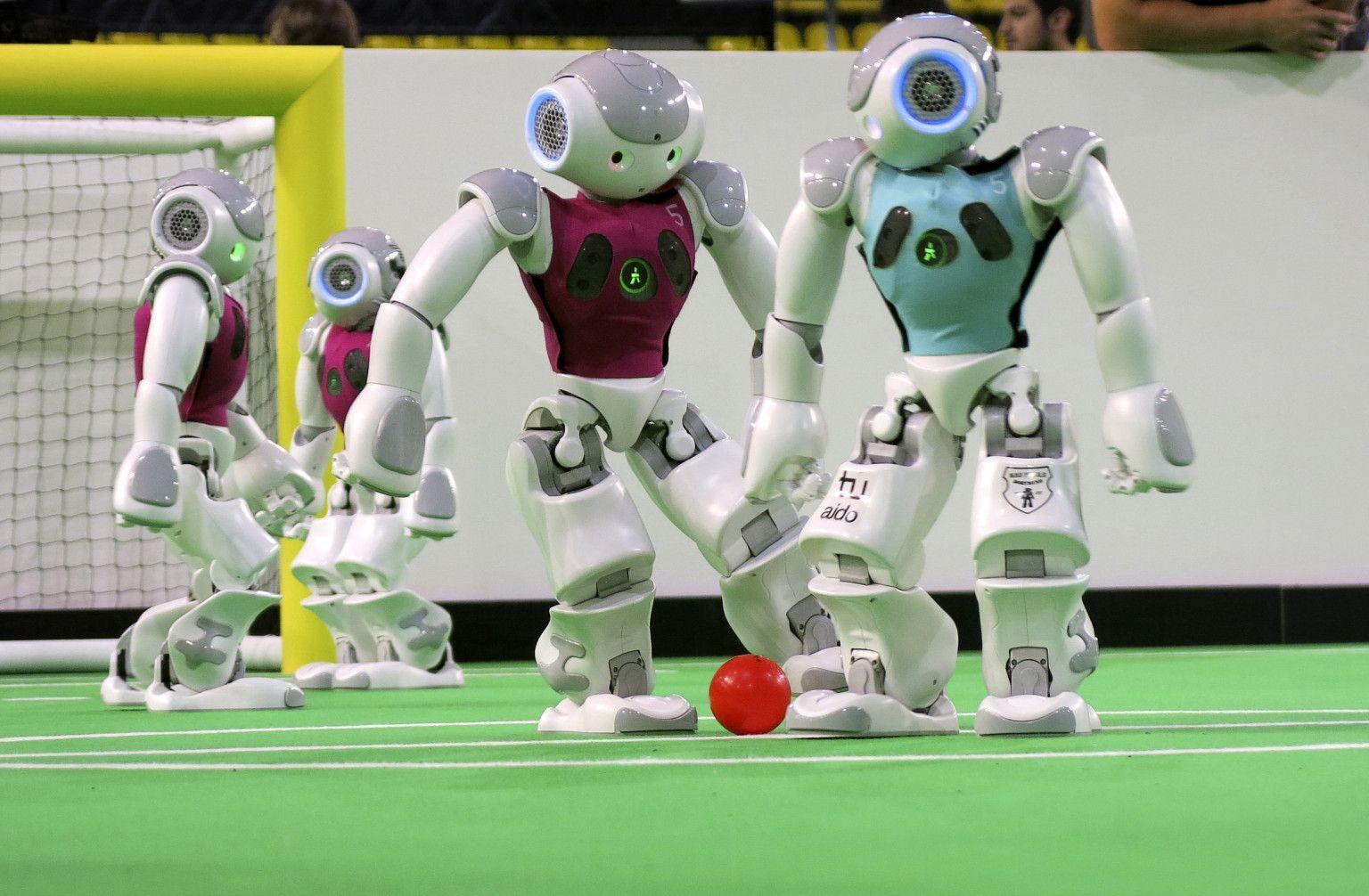 RobotCup: la coppa del mondo di calcio robotico