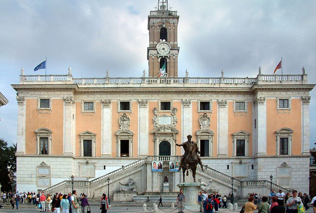 Elezioni comunali Roma: ballottaggio tra Virginia Raggi e Roberto Giachetti