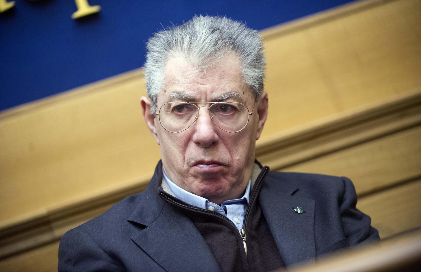 Umberto Bossi su Casaleggio: 'Forse è morto quello sbagliato'
