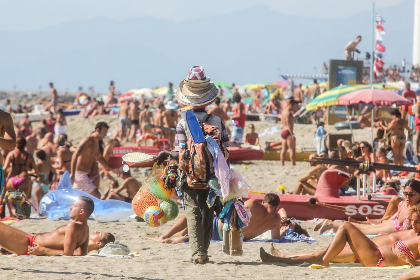 Terrorismo, allarme attentati sulle spiagge italiane, spagnole e francesi