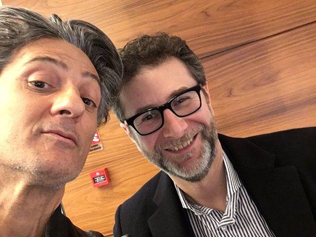 Fiorello a Rischiatutto: lo showman torna su Rai 1 dopo cinque anni