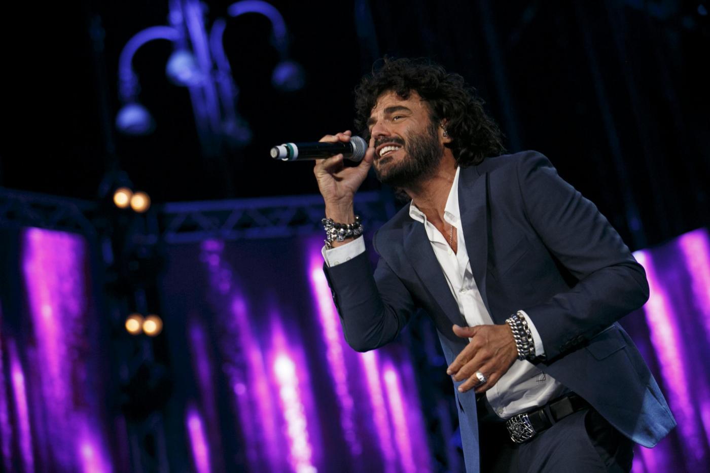 Francesco Renga, il nuovo album è Scriverò il Tuo Nome: 'Un disco proiettato nel futuro'