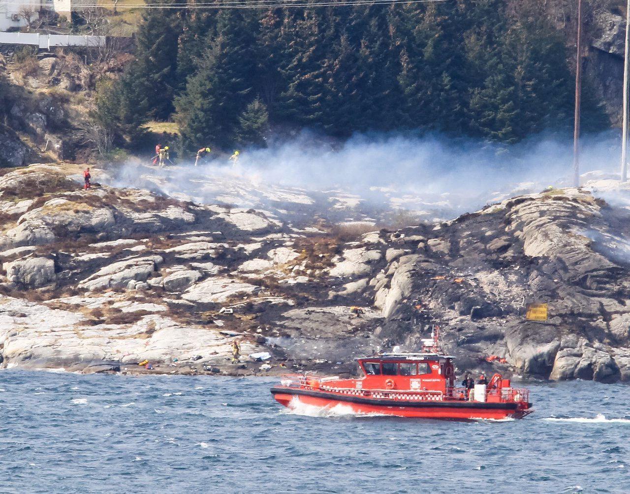 Norvegia, esploso elicottero in volo: morto anche un italiano