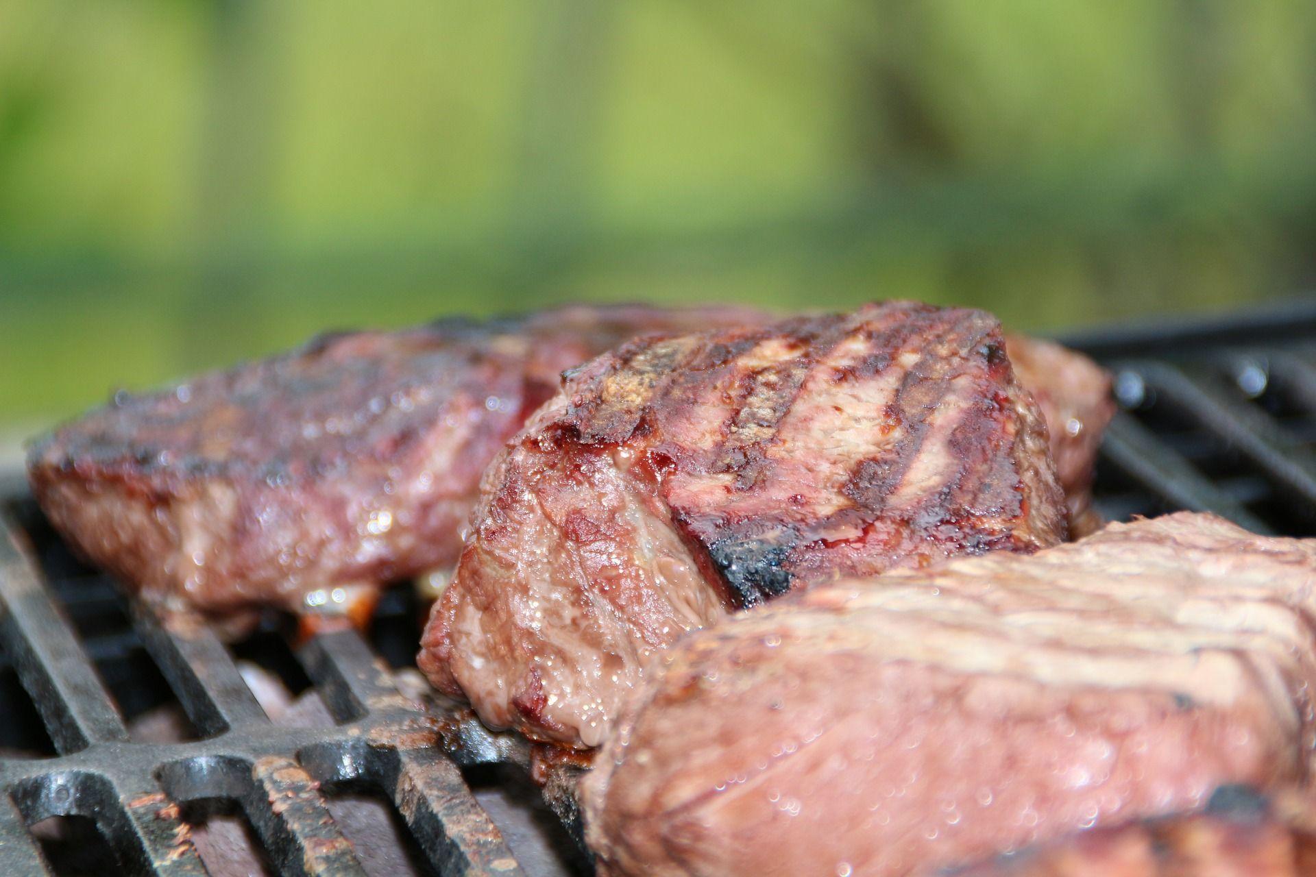 Ormoni nella carne e conseguenze negative sulla nostra salute