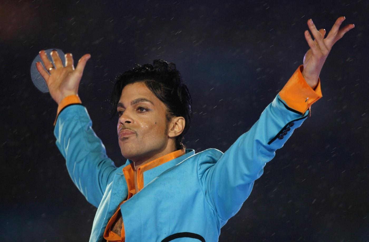 Prince: il testamento non c'è, la sorella chiede di poter amministrare i suoi beni