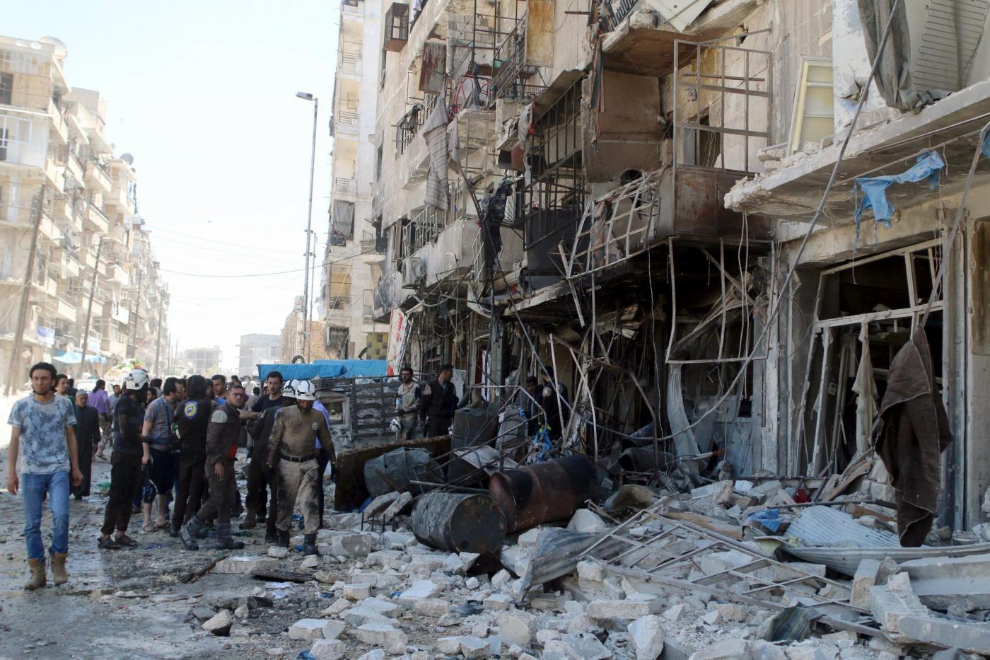 Siria, raid su ospedale di Aleppo