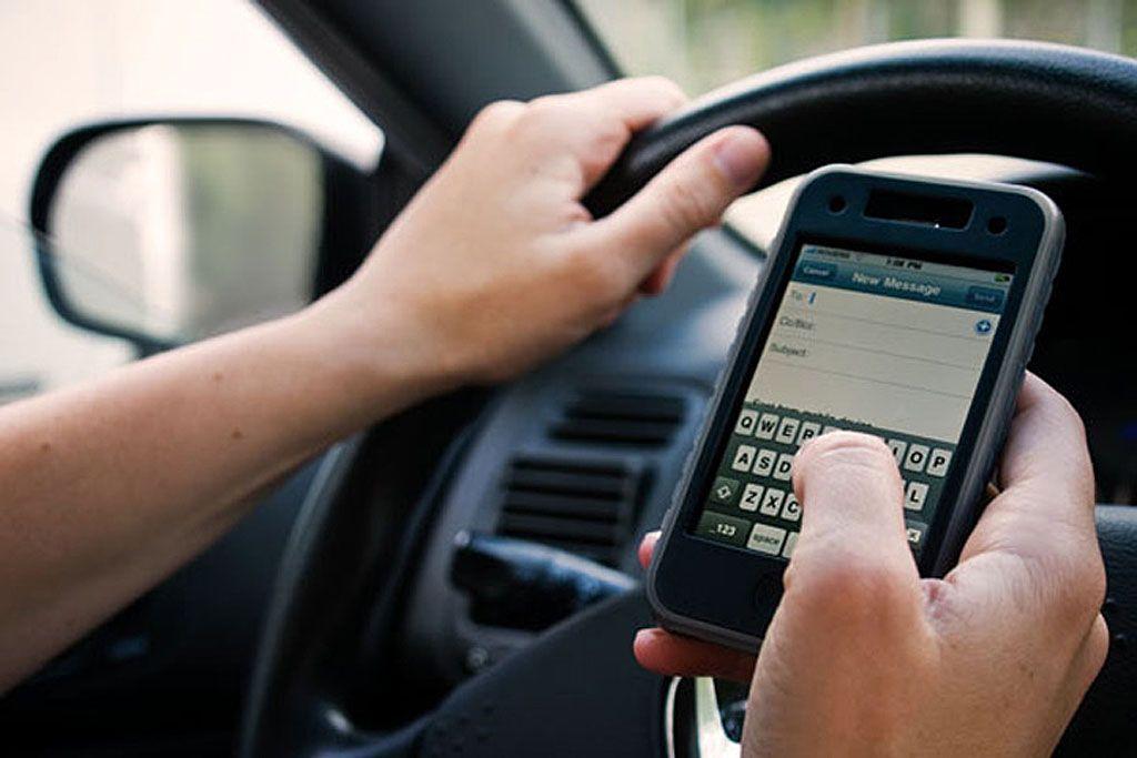 Cellulare alla guida: un apparecchio scopre se lo avete usato
