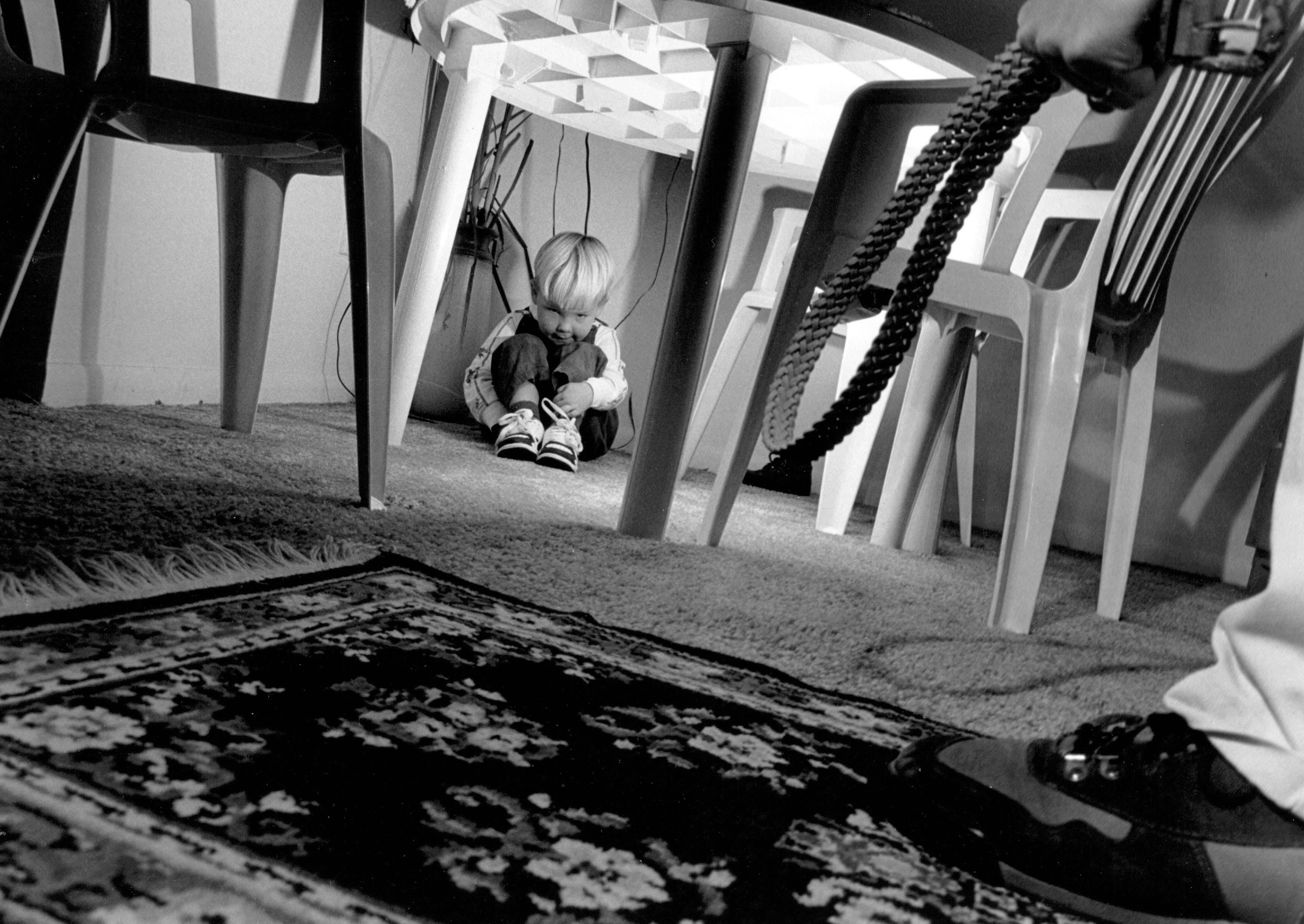 Pisa, muore bimba di 3 anni: sul suo corpo segni di percosse