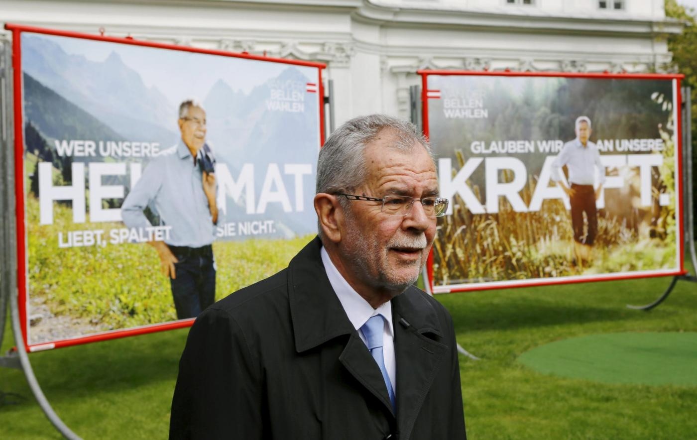 Elezioni Austria candidato Van der Bellen presenta la sua campagna elettorale a Vienna