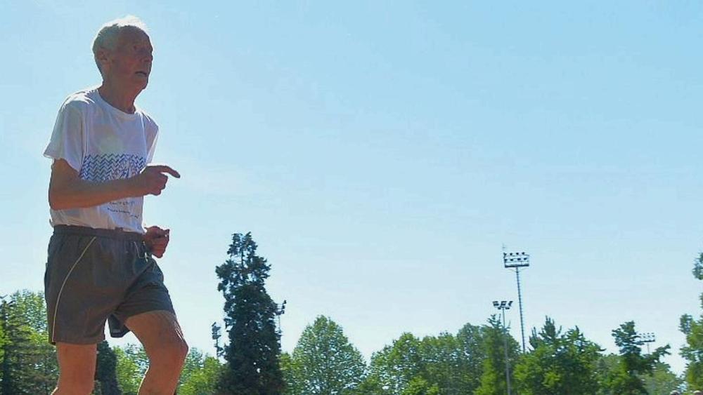 Atletica leggera, ritorna a correre a 93 anni