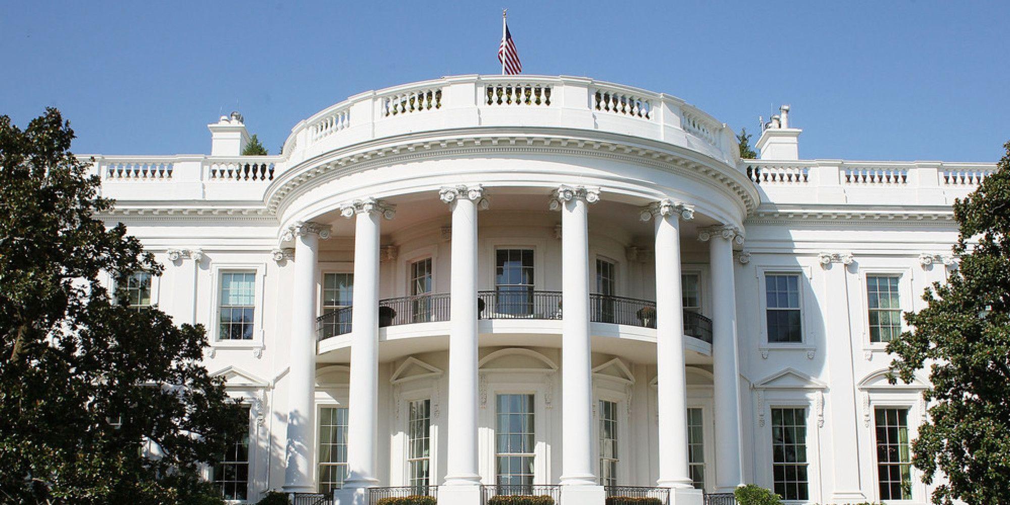 Usa: sparatoria vicino alla Casa Bianca, colpito un uomo. Obama è in sicurezza