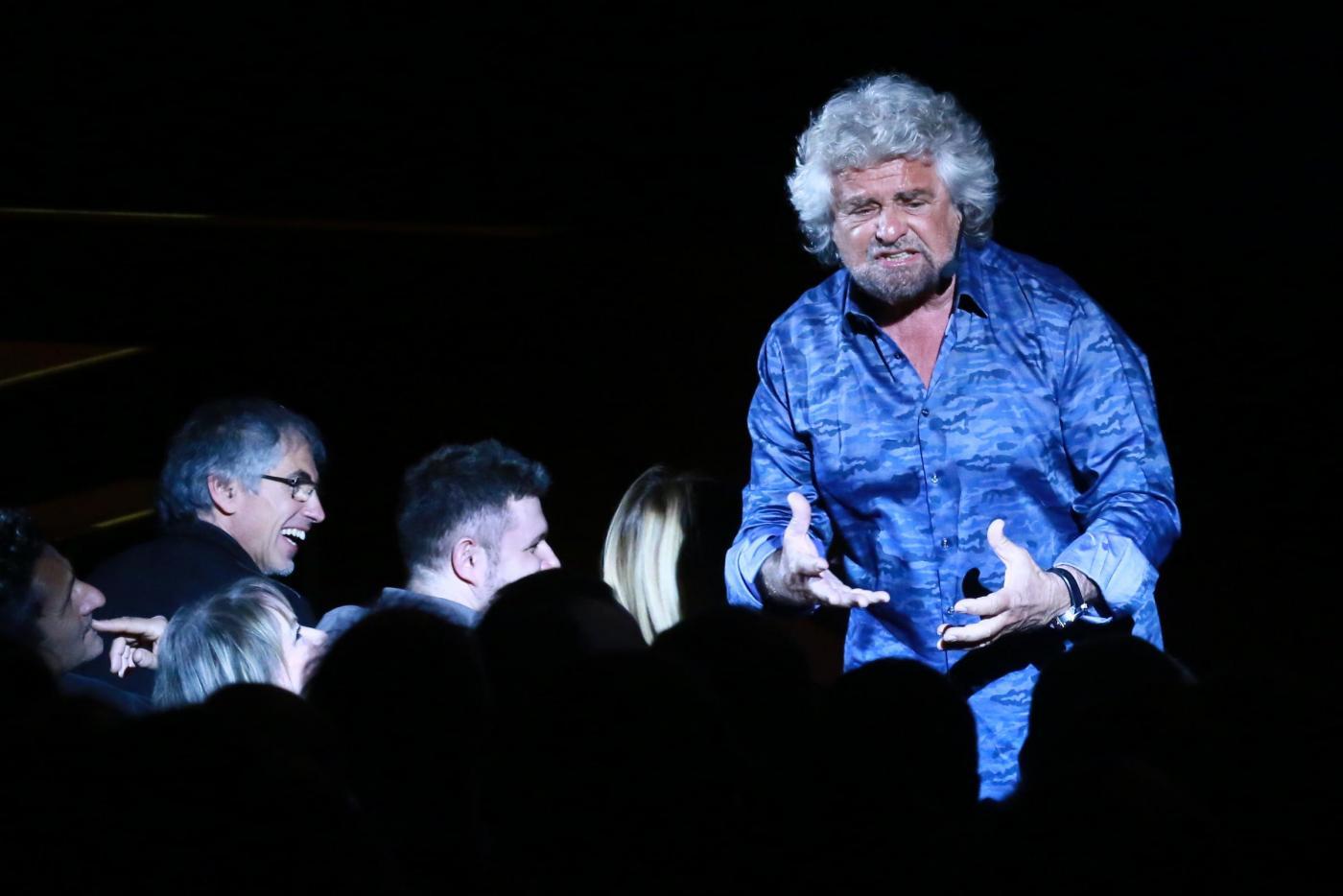 Beppe Grillo, battutaccia sul nuovo sindaco musulmano di Londra