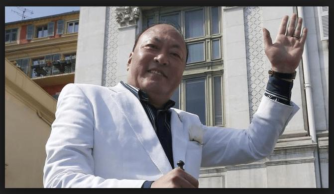 Miliardario cinese regala vacanza in Spagna a 2.500 dipendenti