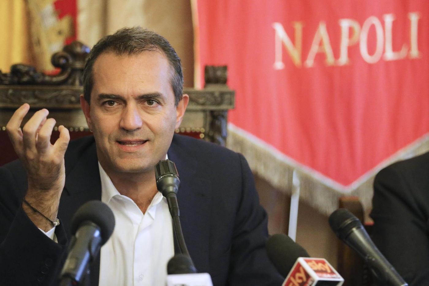 Napoli, conferenza stampa di Luigi de Magistris