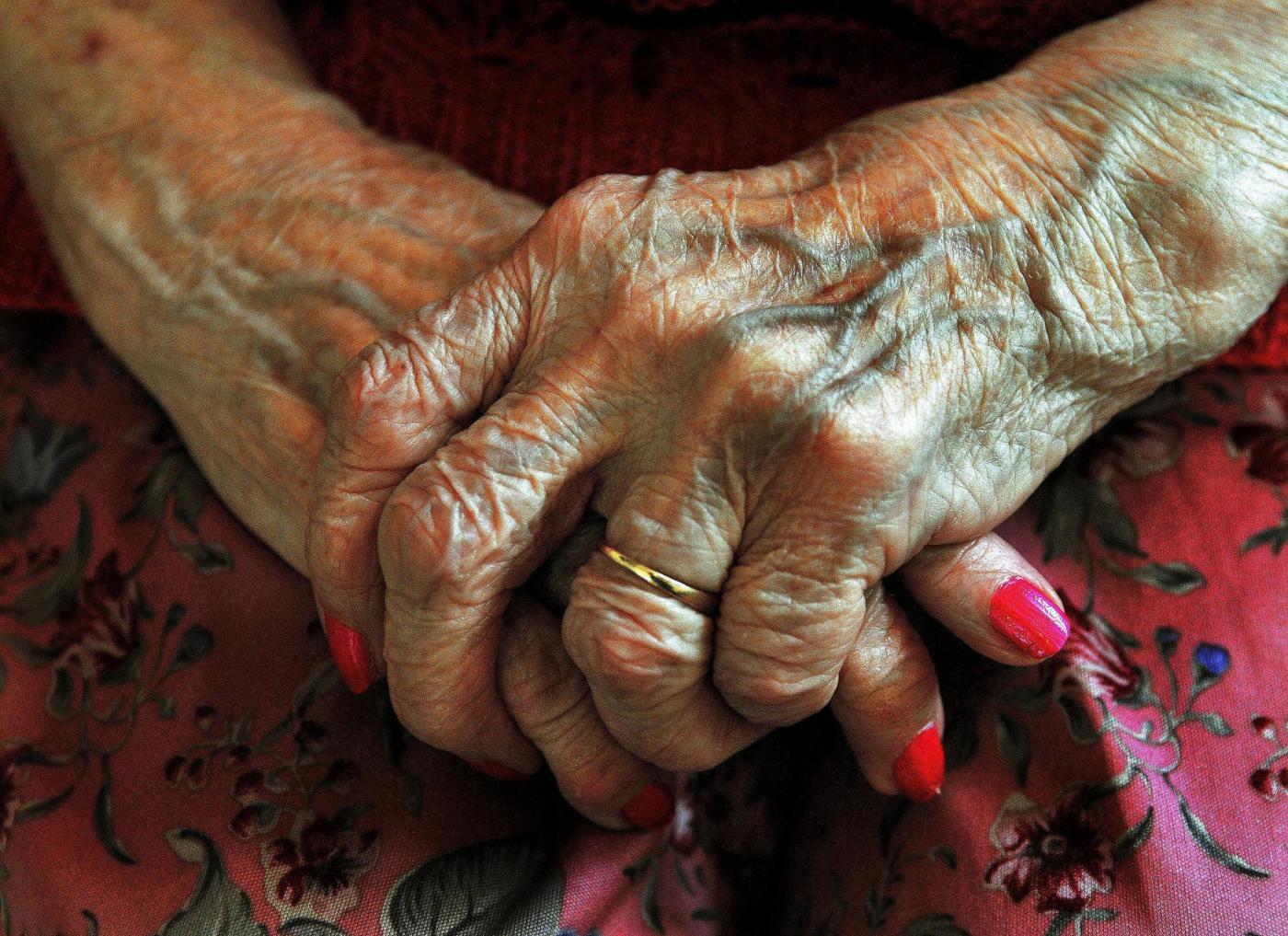 Come trovare un anziano con Alzheimer che è scomparso da casa