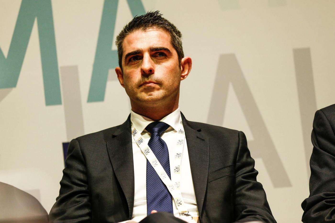 Federico Pizzarotti sospeso dal Movimento 5 Stelle su richiesta di Casaleggio Jr