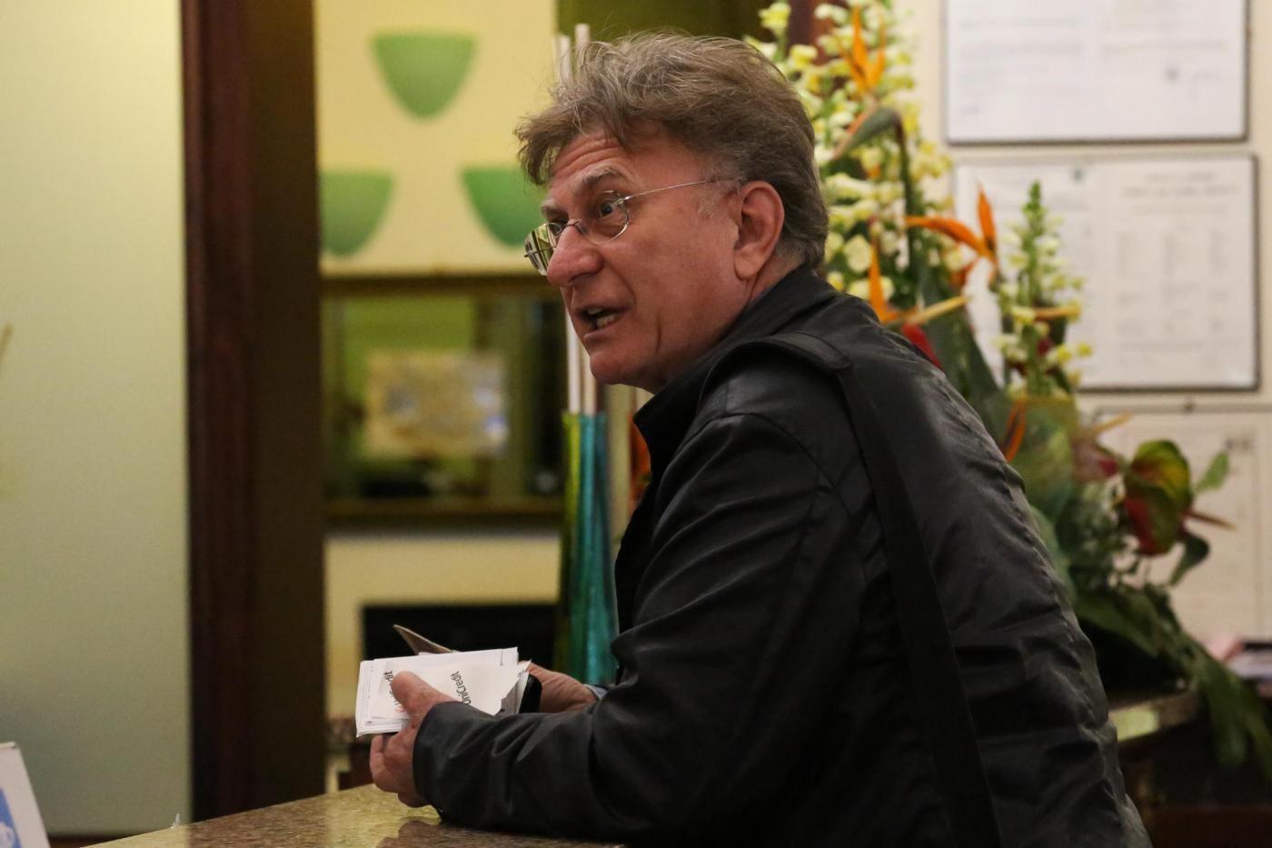 Vaccini, Roberto Burioni querela Red Ronnie