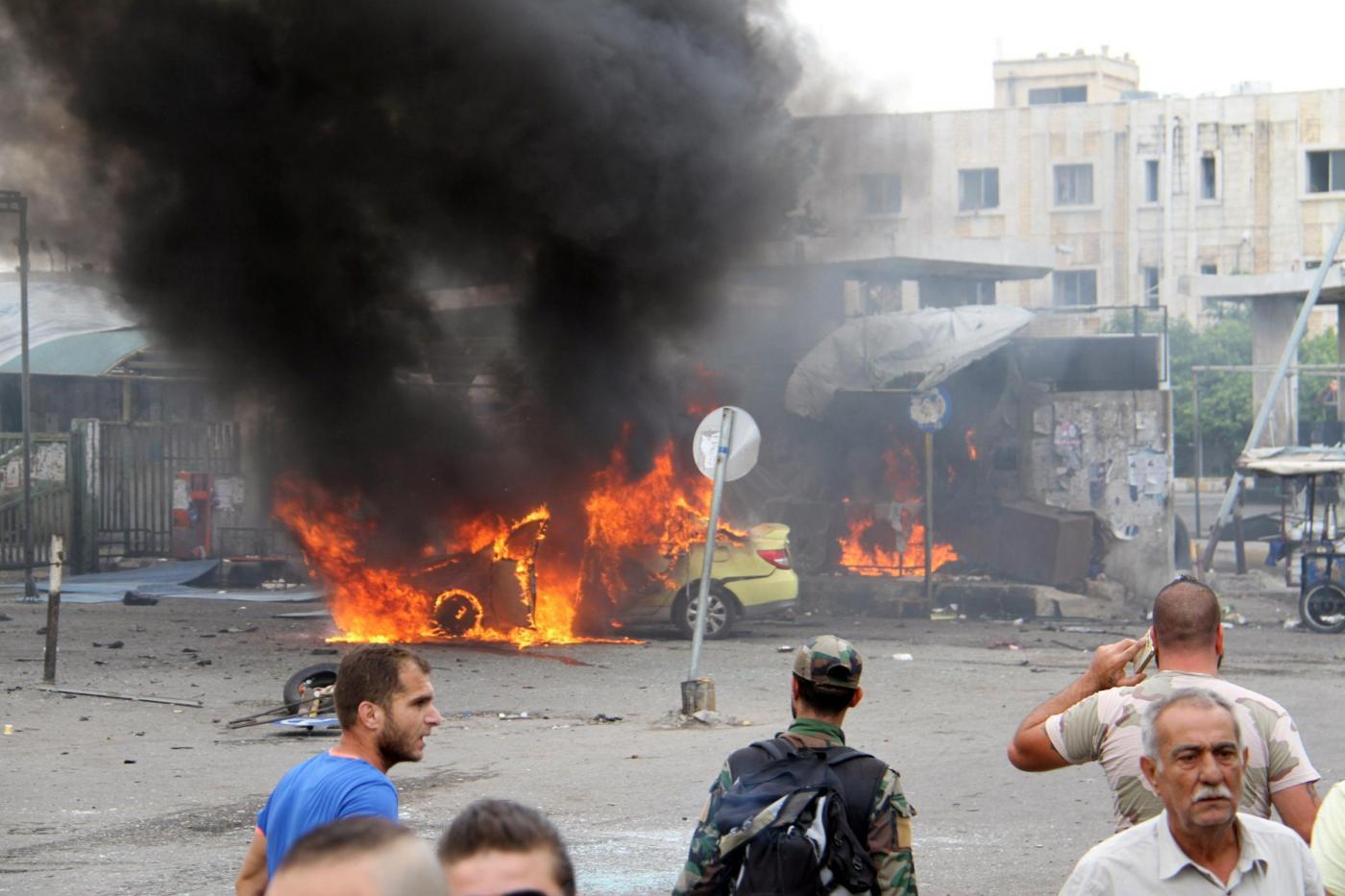 Siria, tre attentati terroristici: l'Isis rivendica