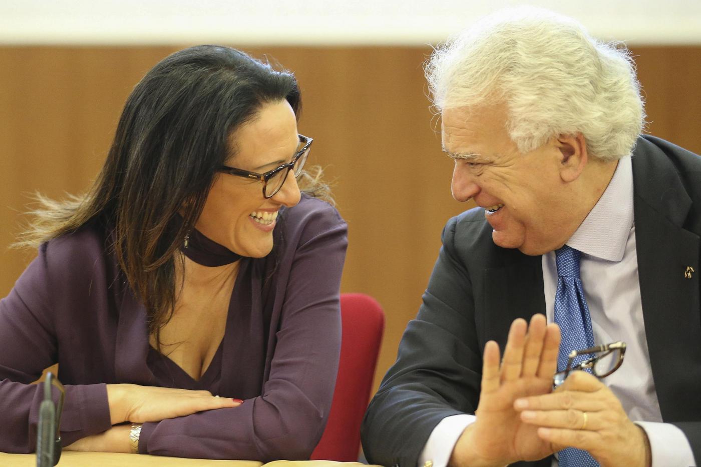 Napoli, comizio elettorale Denis Verdini con Valeria Valente