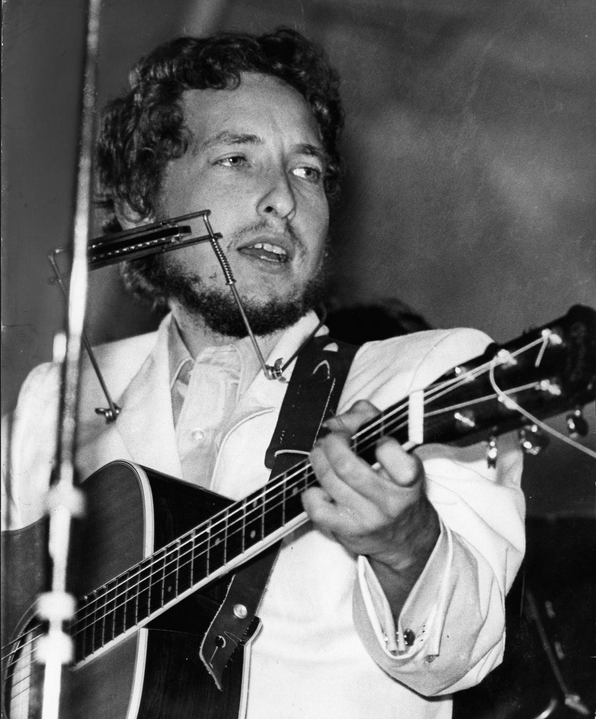 bob dylan, cantautore americano