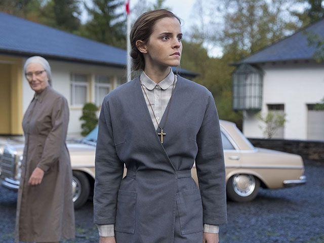 Colonia: trama del film con Emma Watson ambientato durante la dittatura cilena