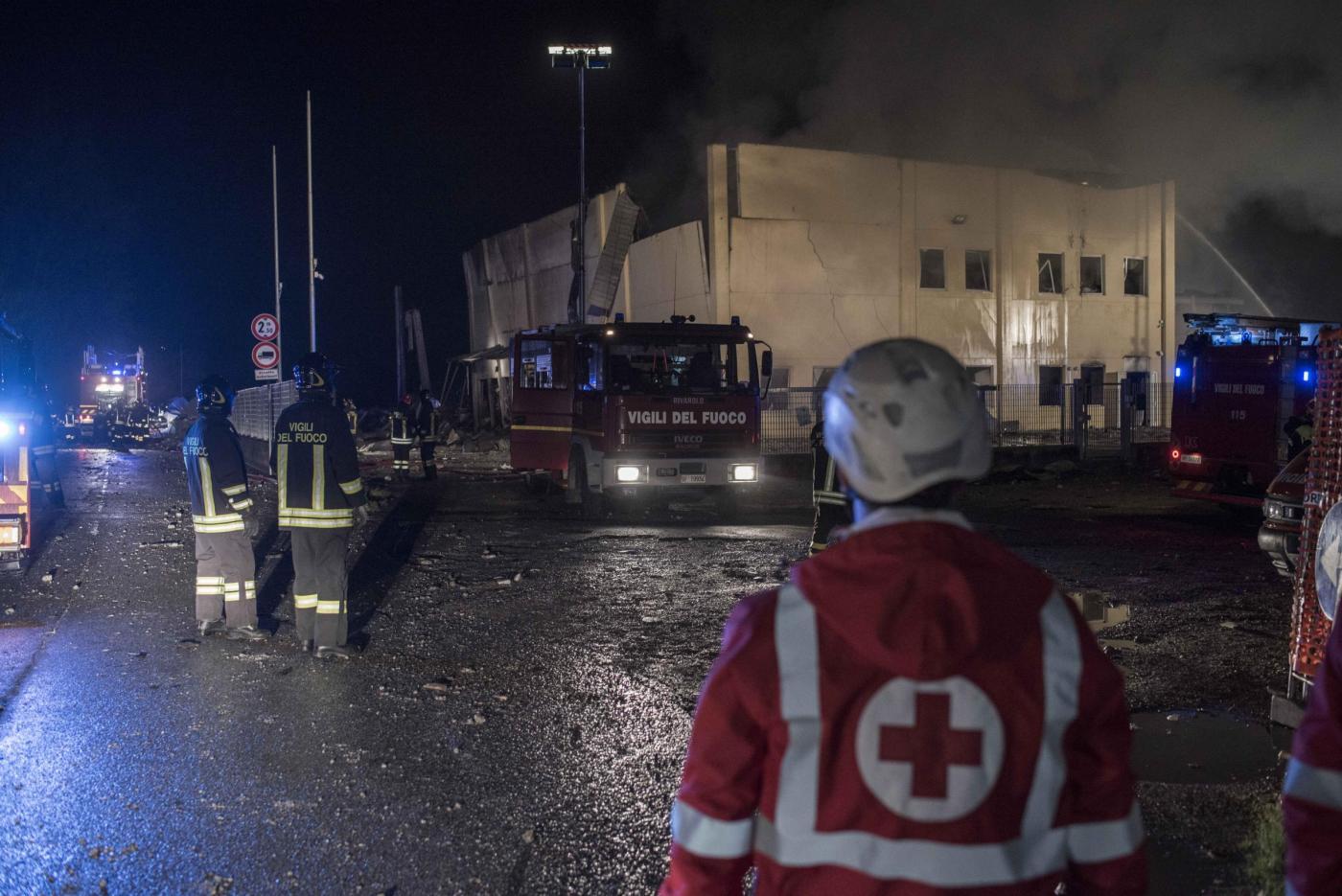 Torino, esplode fabbrica chimica: incendio colposo