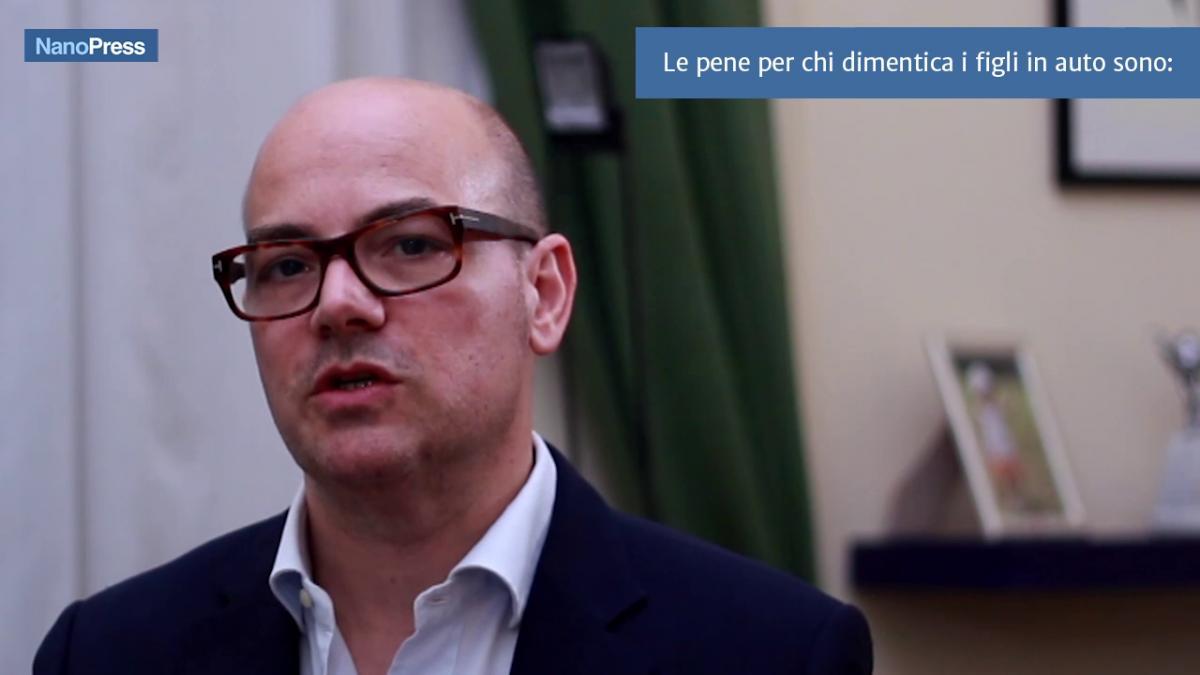 Bambini dimenticati in auto in Italia i casi recenti
