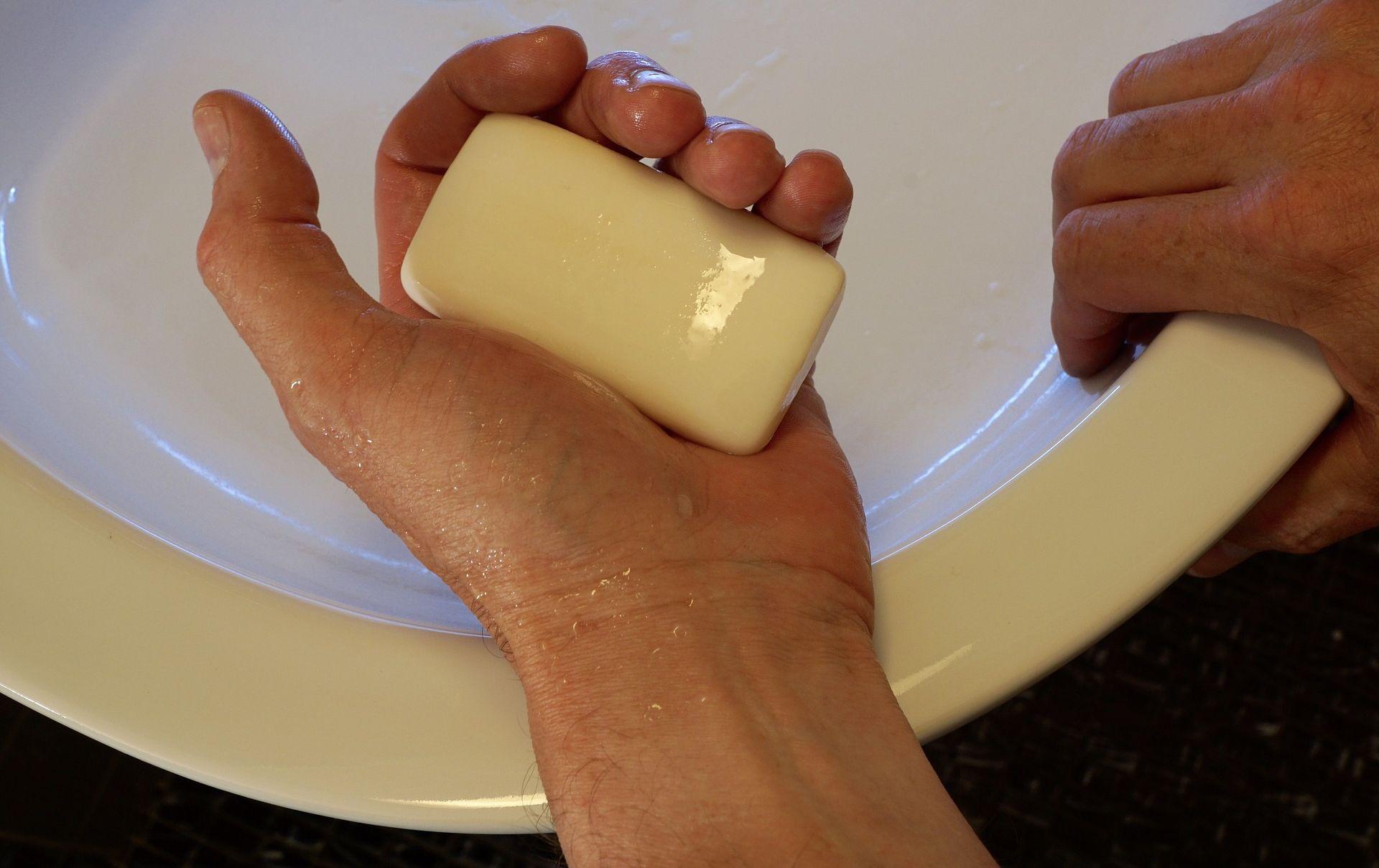 Igiene delle mani: cosa rischi se non le lavi nel modo giusto?