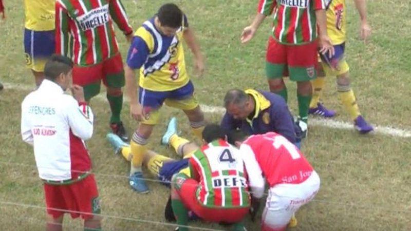 Muore calciatore dilettante sul campo, il video choc