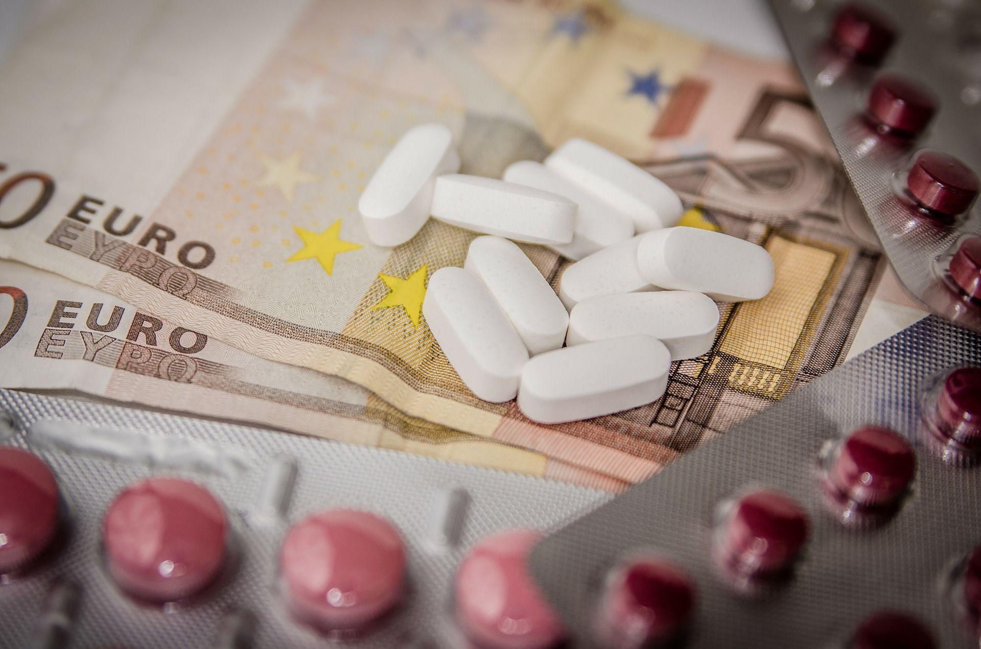 Rimborsabilità dei farmaci: a rischio quella di 1500 medicinali
