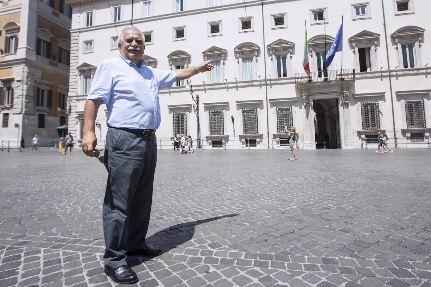 Continua la protesta del prof. Severino Antinori