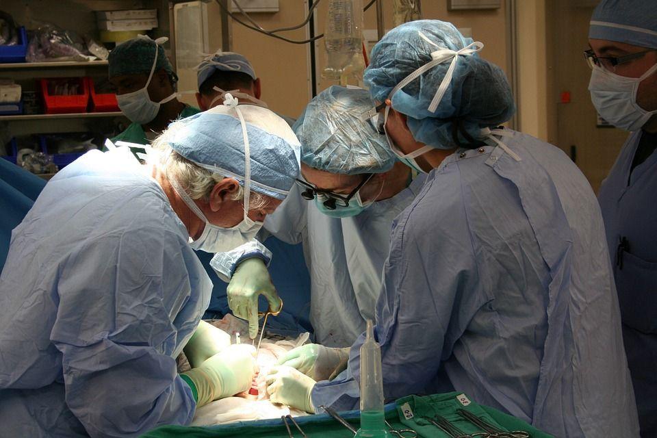 Milano, trapianto di rene: il donatore aveva un anno