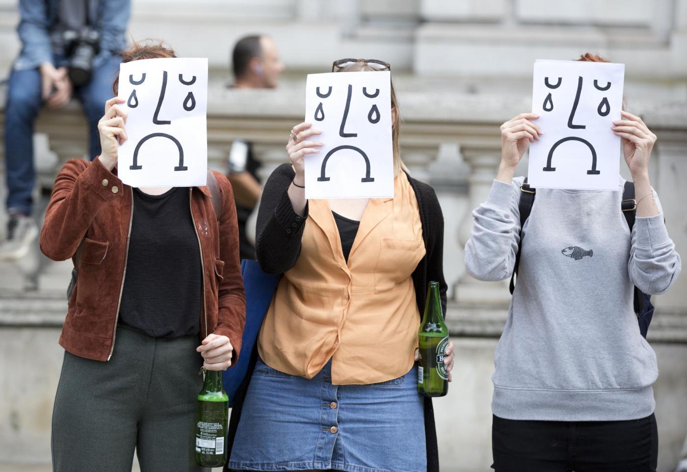 Brexit proteste a Londra e Isis minaccia