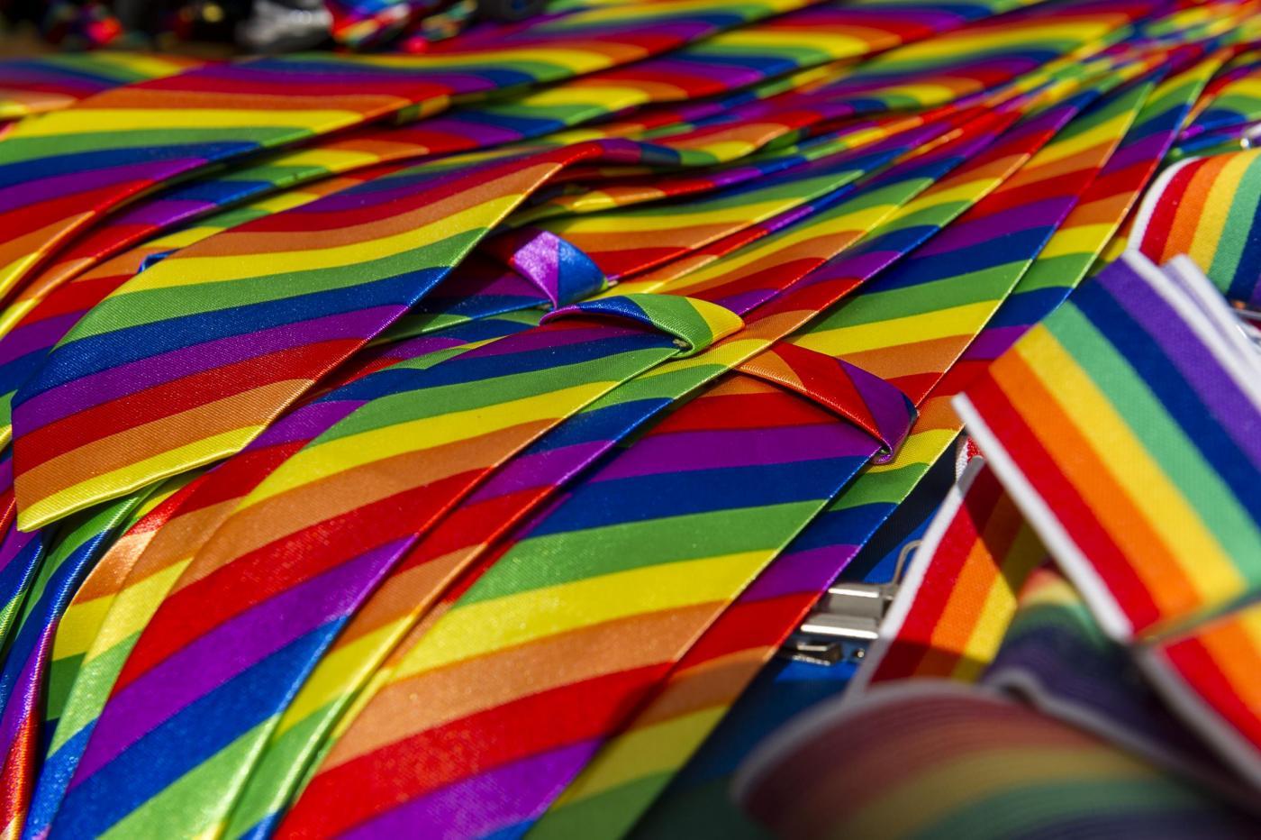 Gay Pride 2016: Treviso, Firenze, Varese, Genova e Palermo sfilano per i diritti degli omosessuali